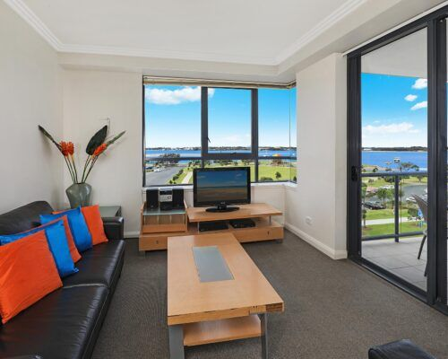 gold-coast-broadwater-2-bedroom-apartments-(11)