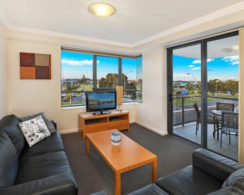 gold-coast-broadwater-2-bedroom-apartments-(19)