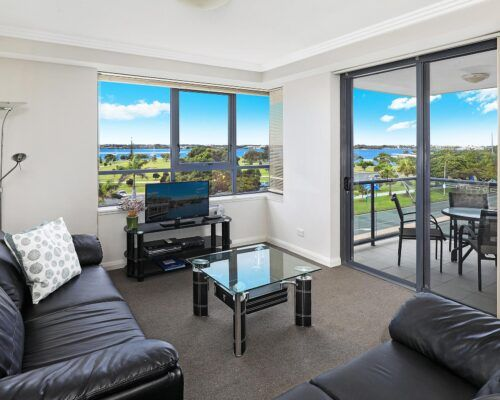 gold-coast-broadwater-2-bedroom-apartments-(3)